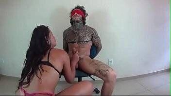 Porno violento com mulher ninfomaniaca
