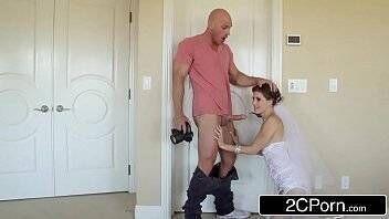 Videos de sexo mulher safada experimento vestido de noiva na frente do cunhado e o malandro traçou a gatinha