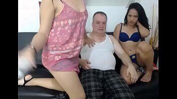 Xvideos novinha velho tarado comendo a novinha gostosa que adora fuder para ganhar dinheiro