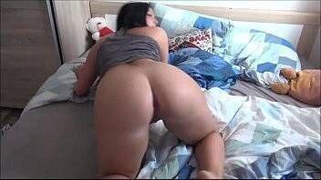 Pornozao novinha levando no cuzinho e fazendo sexo oral