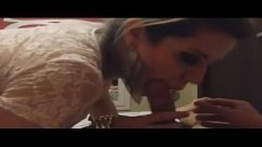 Videos porno para celular loira linda da buceta faz boquete e leva jorrada de porra na cara