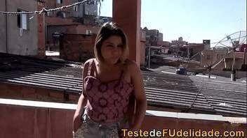 Porno brasileiro comendo a loira no apartamento