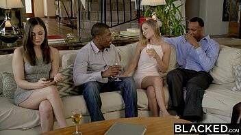 Filme porno americano de suruba com branquela gostosa