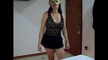 Foda amadora com danada mascarada no motel