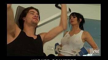 Sexo na academia com morena ficando vadia