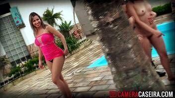 Video de sexo nacional loirinha peituda fazendo sexo com negrão do pau grandão
