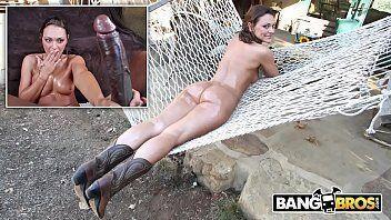 Filme sexo com uma morena muito rabuda mesmo dando para um negão bem dotado da porra