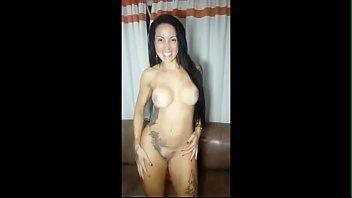 Elisa sanches vadia do porno brasileiro aparecendo em um filme porno brasileiro delicioso com seu namorado