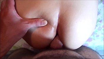 Gata gold peituda dando seu pererecão carnudo