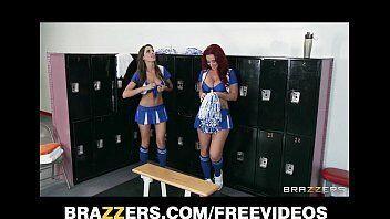 Video grátis de mulheres gostosas transando dentro do vestiarios de uma escola