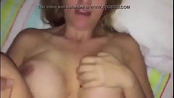 Videos de sexo gratis com velha dando a bunda
