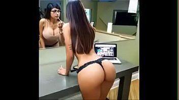 Baixa porno da porno star mia khalifa deliciosa que adora aparecer em fotos sensuais e filmes porno