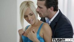 Xxnx mostra uma casada tomando no meio do cuzinho em quanto seu namorado fode ela em todos os sentindos e posições