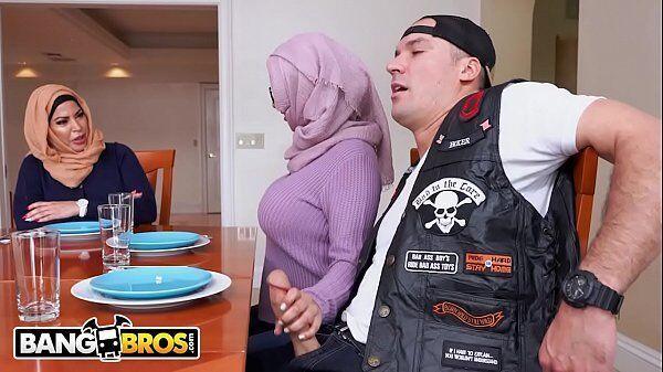 Fotos sexo árabe bem sem vergonha pegando no pau do motociclista