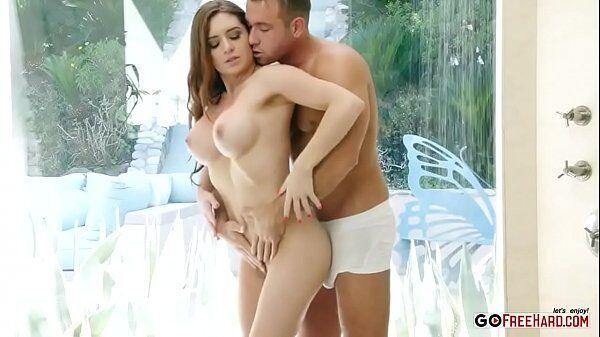 Veronica Vain atriz porno dos peitos empinados e branquinha dando gostoso