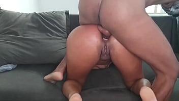 Casada traindo o seu macho e quebrando tudo na hora de fazer um sexo anal foda demais da conta