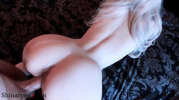Minha mulher porno com a loira dando uma super trepada forte quando fica empinada de quatro