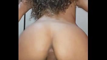 Sexo gravida mulher muito boa mesmo sentando com o cu com tudo na pica desse bem dotado