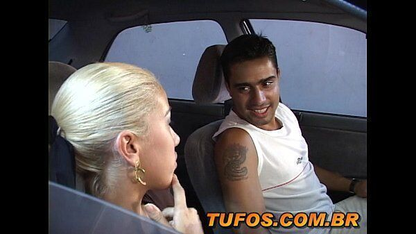 Video porno incesto com a loira safada metendo com o moreno do seu primo