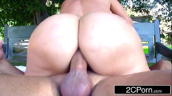 Site pornô loira cavala engolindo pica no cu