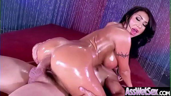 Atriz pelada famosa do porno dando cu