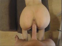 Porno amador com novinha bunduda metendo